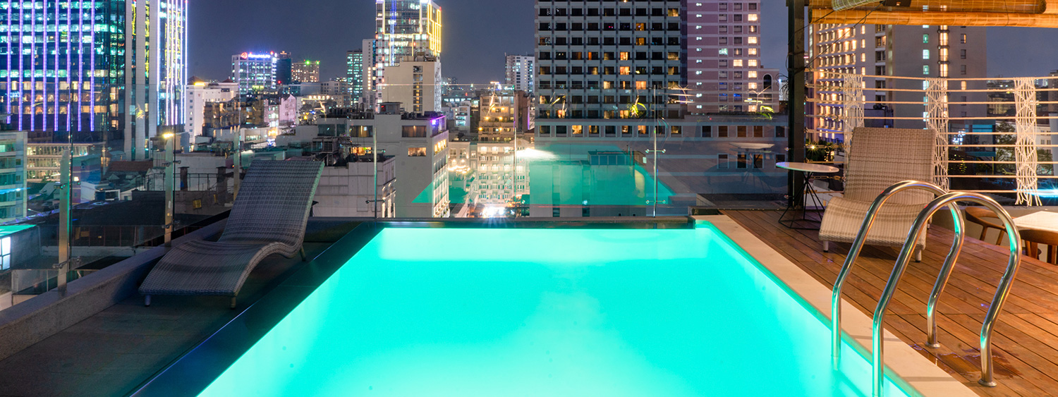 DONG DU - ROOFTOP SWIMMING POOL